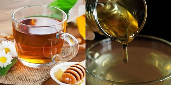 Mật ong pha với nước là công thức rửa mặt có khả năng kháng khuẩn siêu hạng, giúp làm lành da và nuôi dưỡng da khô nhanh chóng