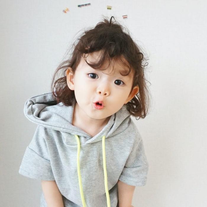 Những em bé tuổi Thân sinh vào các tháng 3, 4, 7, 8 thường có số mệnh sung sướng và phú quý cả đời