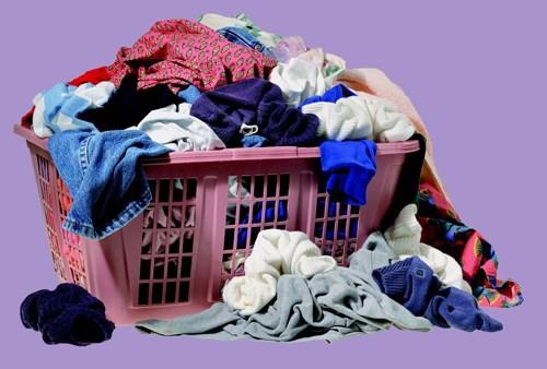 Mặc lại quần áo bẩn là thới quen xấu gây mụn mọc ở lưng rất nhiều