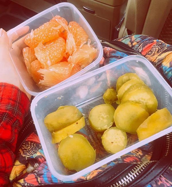 Khoai lang là thực phẩm chính trong thực đơn giảm cân của Hoà Minzy