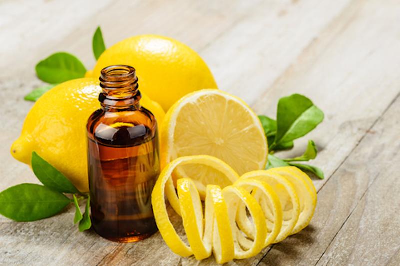 Tinh dầu từ vỏ chanh có tác dụng ngăn ngừa lão hóa và làm trắng da nhanh chóng
