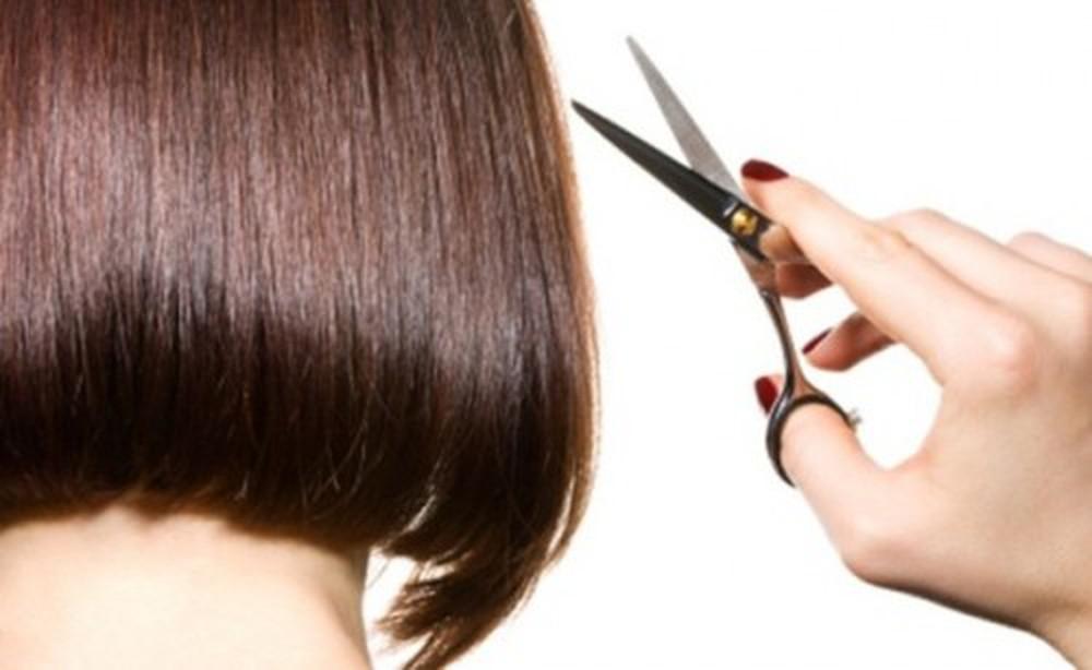 Phải thường xuyên cắt tóc để giữ phom là nỗi khổ của nhiều chị em khi sở hữu mái tóc ngắn