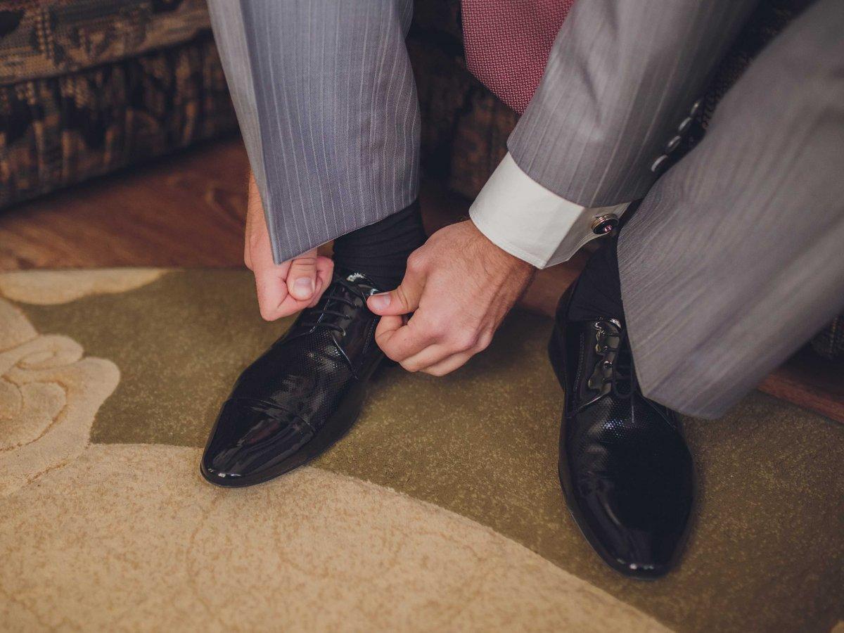 Bàn chân to tượng trưng cho người đàn ông có tương lai vững chắc, lúc nào cũng là trụ cột trong gia đình