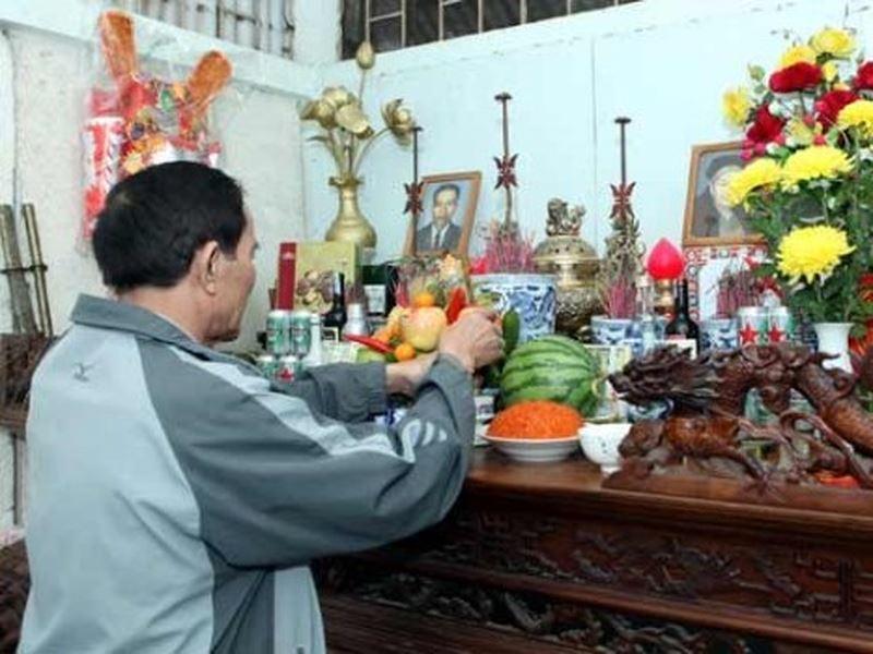 Tập tục thờ cúng tổ tiên của người Việt ra đời trên truyền thống