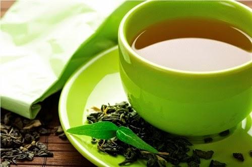 Uống nước trà sau bữa ăn giúp mang lại làn da đẹp mịn màng hơn