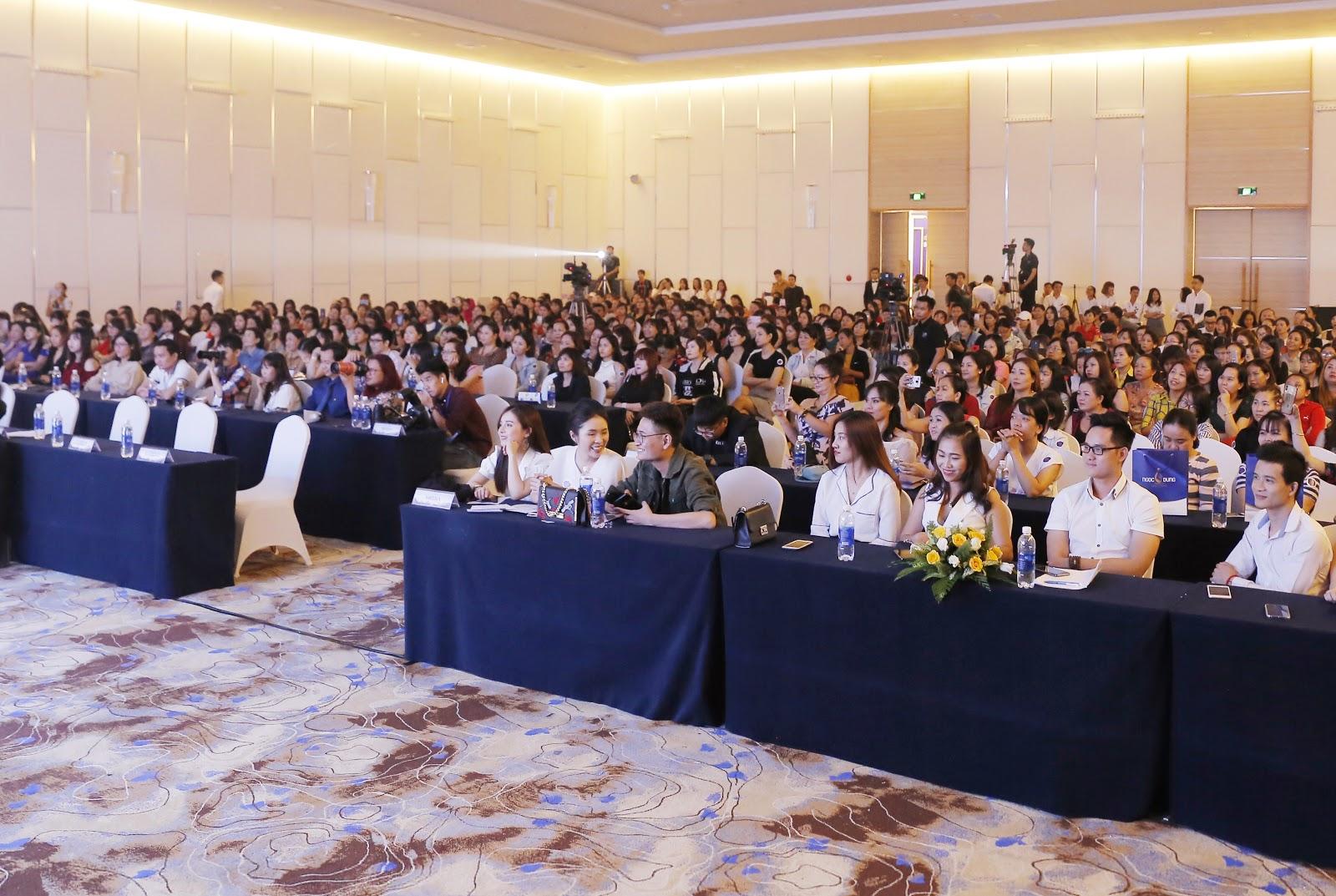 Sự kiện còn có sự góp mặt của gần 600 khách mời