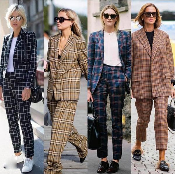 Những cô nàng sành điệu hẳn còn nhớ, họa tiết kẻ sọc ca rô từng 'gây sốt' với mốt áo blazer cổ điển ở mùa thu đông 2017. Trở lại mùa thời trang này, chúng tiếp tục tạo nên sự mê hoặc bởi sắc màu mới.