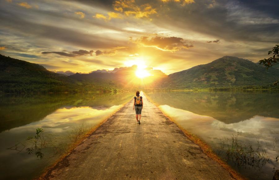 Ý nghĩa cuộc sống không nằm ở độ dài mà ở độ dày, đừng để lúc chết đi mới hối hận 5 điều sau - Ảnh 1