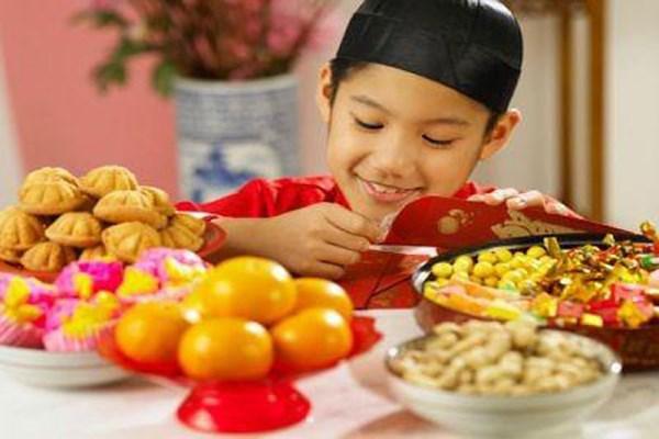 Chế độ dinh dưỡng ngày Tết quan trọng cho sức khỏe của trẻ
