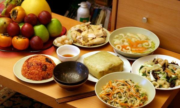 Các món ăn phổ biến ngày Tết cung cấp dưỡng chất cho bé