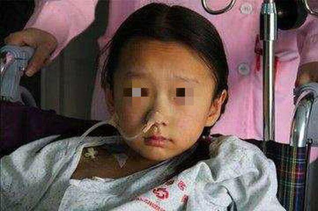 Bé 8 tuổi bị ung thư bàng quang, nếu nước tiểu của trẻ màu này cần đưa ngay vào viện - Ảnh 2