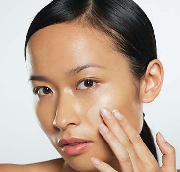 Công thức chuẩn rửa mặt để da hết nhờn, sạch mụn - Ảnh 1
