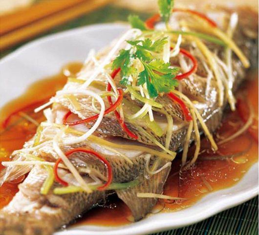 Không phải ai cũng biết cách ăn cá tốt nhất và 4 kiểu người cấm kị đụng đũa tới cá - Ảnh 1