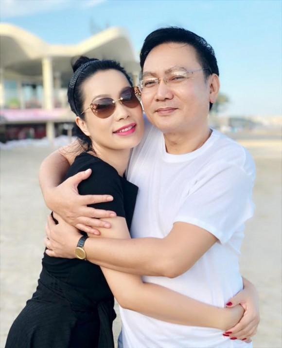 Sao Việt người khoe quà khủng, người hạnh phúc hé lộ người yêu bí mật trong ngày Valentine - Ảnh 9