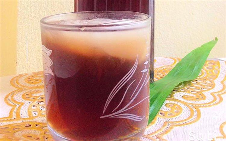 Trà bí đao phơi khô đem hãm trà như bình thường để uống