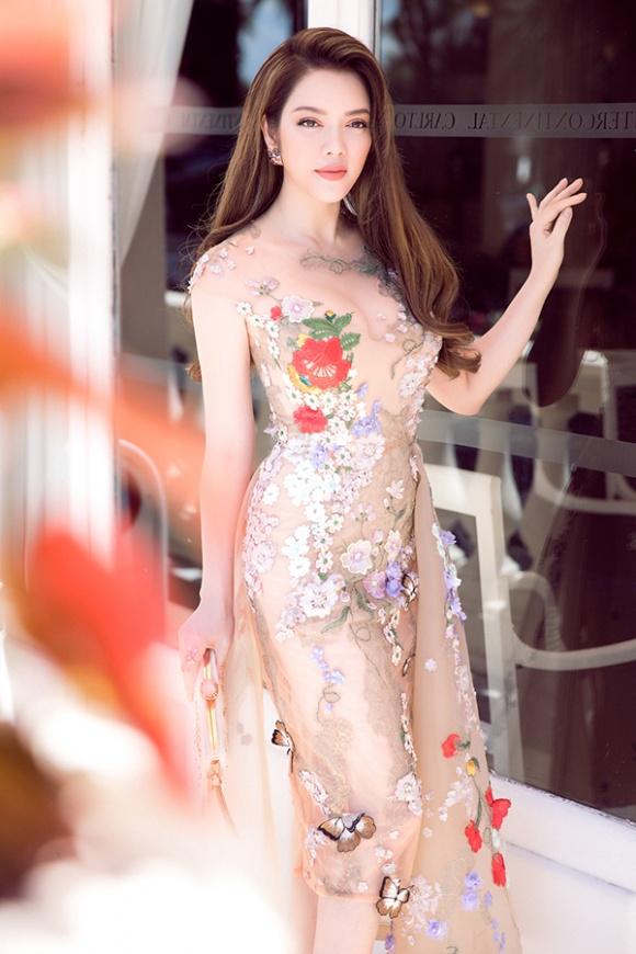 Lý Nhã Kỳ xứng đáng là 'nữ hoàng thời trang' với đầm xuyên thấu mong manh nhưng không dung tục - Ảnh 3