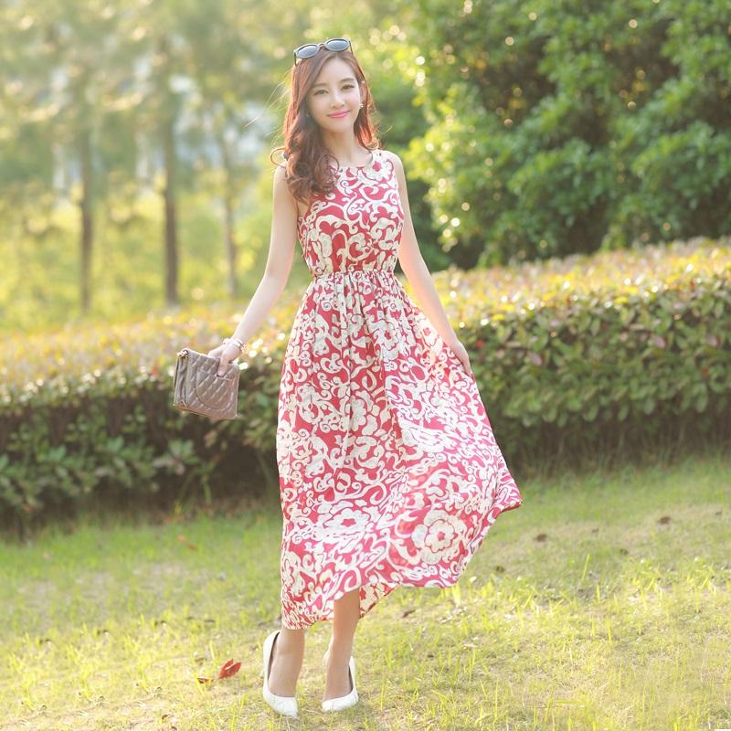 4 kiểu dáng váy hoa cho các quý cô xinh tươi dịp hè - Ảnh 6