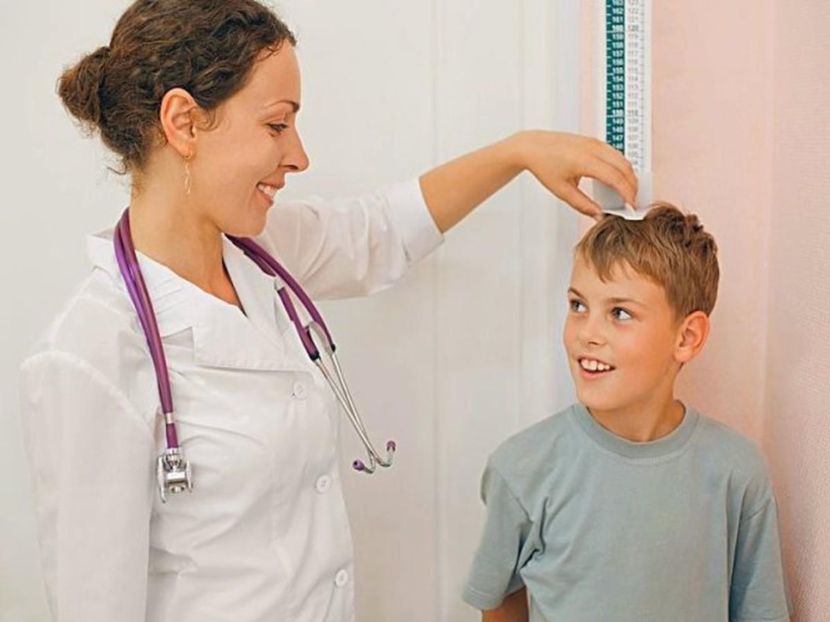 Những lầm tưởng của bố mẹ làm ảnh hưởng đến sức khỏe, sự phát triển của con - Ảnh 4