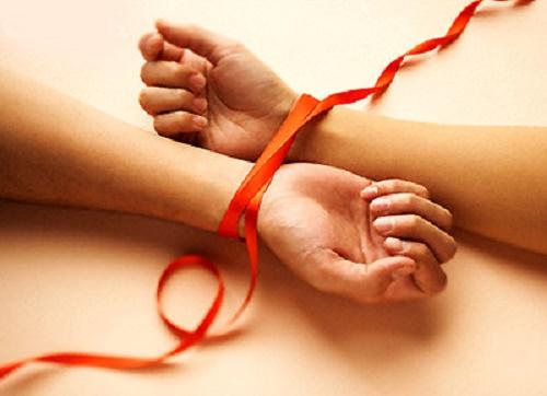 Phật dạy: Duyên vợ chồng là do trời định- bỏ nhau là bỏ một kiếp người - Ảnh 1