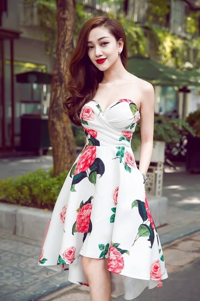 Bí quyết mặc đẹp cho các cô gái có vai to và thô - Ảnh 13