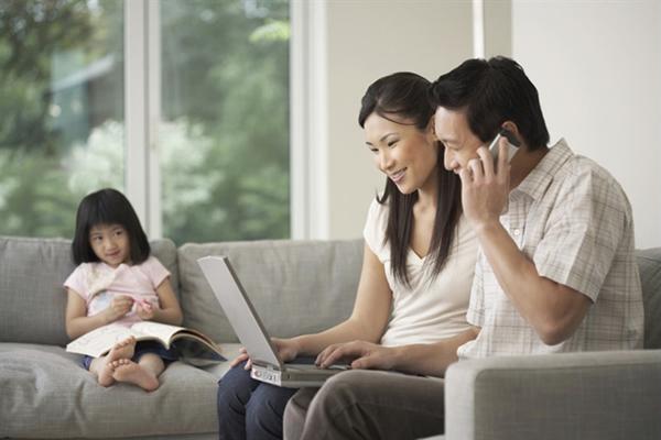 Những dấu hiệu sớm phát hiện trẻ tự kỷ bố mẹ cần biết - Ảnh 3