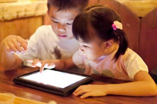 Trí thông minh của trẻ sẽ giảm sút nếu thức khuya nhiều