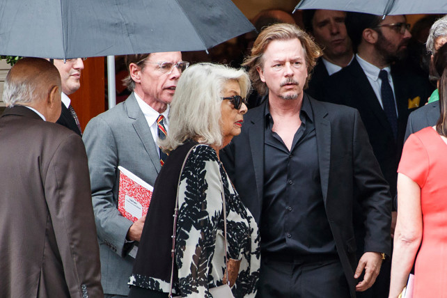 Cha nhà thiết kế Kate Spade qua đời ngay trước đám tang con gái - Ảnh 2