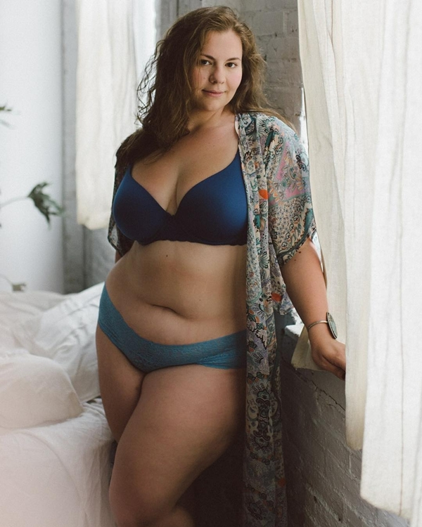 'Dành cả thanh xuân để giảm cân', cô nàng ngoại cỡ thay đổi cuộc sống nhờ yoga - Ảnh 7
