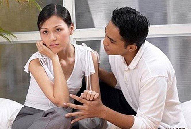 Sự thật về anh hàng xóm 'tốt bụng' hay giúp đỡ vợ trẻ vắng chồng - Ảnh 1