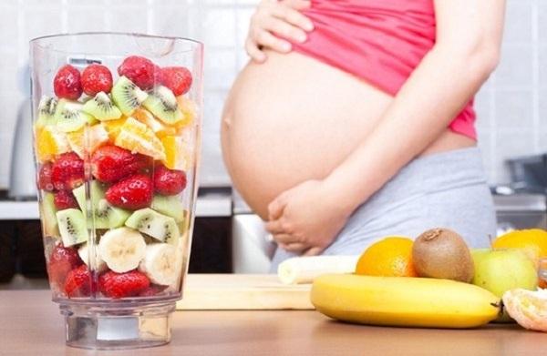 7 phương pháp giúp mẹ bầu bổ sung nước ối trong 'nháy mắt' - Ảnh 1