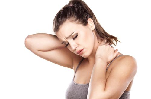 Cách chữa đau vai gáy tại nhà bạn cần nhớ - Ảnh 1