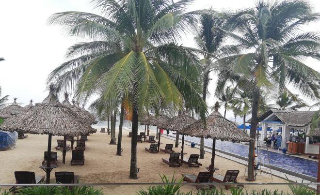 Trường Giang, Nhã Phương đính hôn: Resort phong tỏa, 50 bảo vệ đông hơn khách mời - Ảnh 3