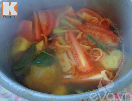 Canh bạch tuộc nấu chua hấp dẫn cuối tuần - Ảnh 2