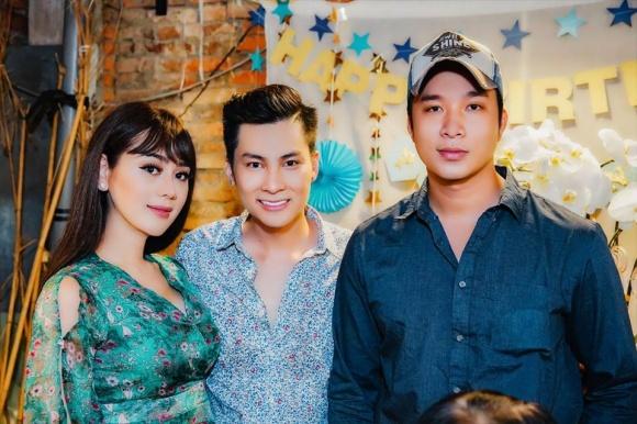 Lâm Khánh Chi tổ chức sinh nhật hoành tráng cho ông xã - Ảnh 1