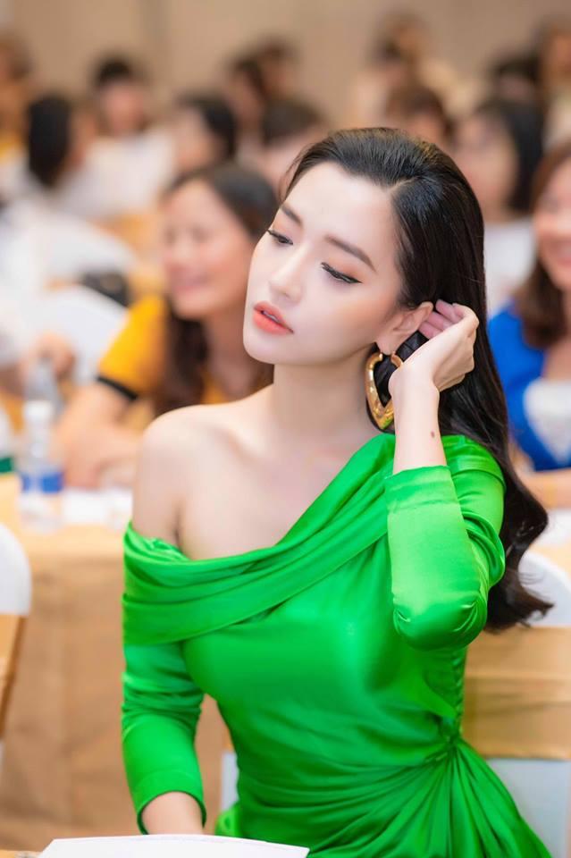 Bích Phương xinh đẹp khoe dáng nuột nà, tiếp tục 'thả thính' gây sốt - Ảnh 5