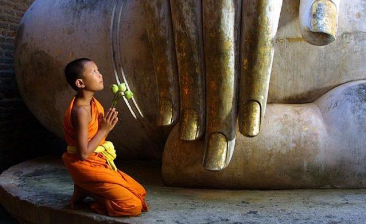 Phật dạy: Hãy cảm ơn người đối xử tệ với bạn vì họ đang gánh nghiệp giúp bạn - Ảnh 1