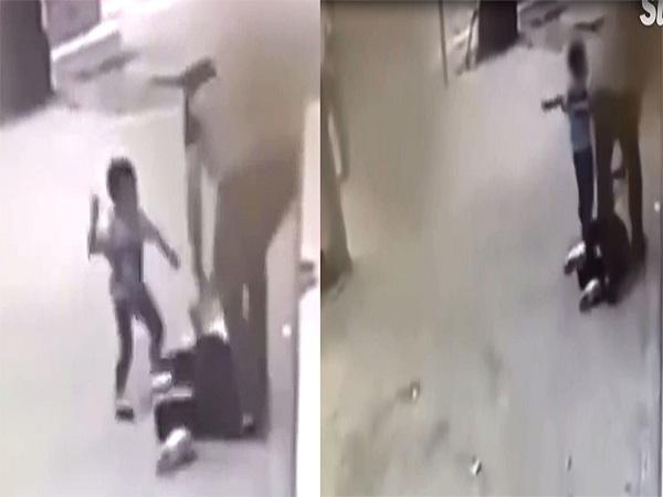 Cậu bé ra sức ngăn cản khi thấy bố đánh mẹ trên đường - Ảnh 2