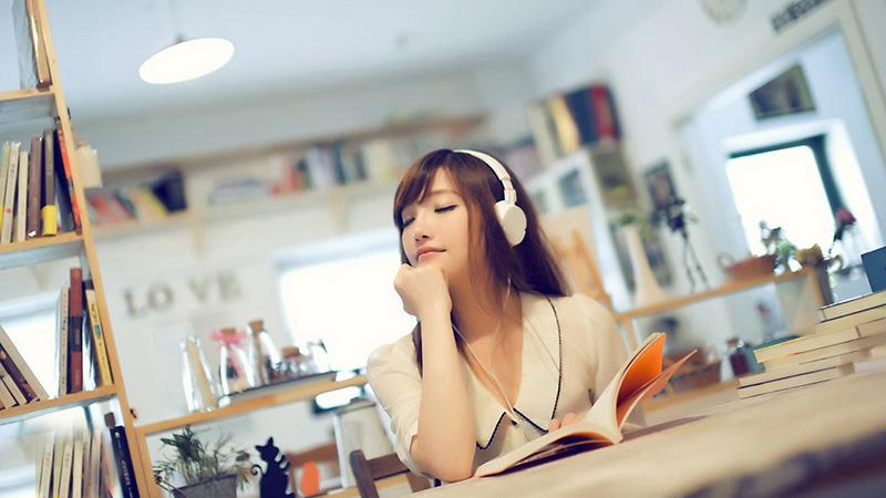 Nghe nhạc thư giãn là cách điều trị chứng mất ngủ hiệu quả