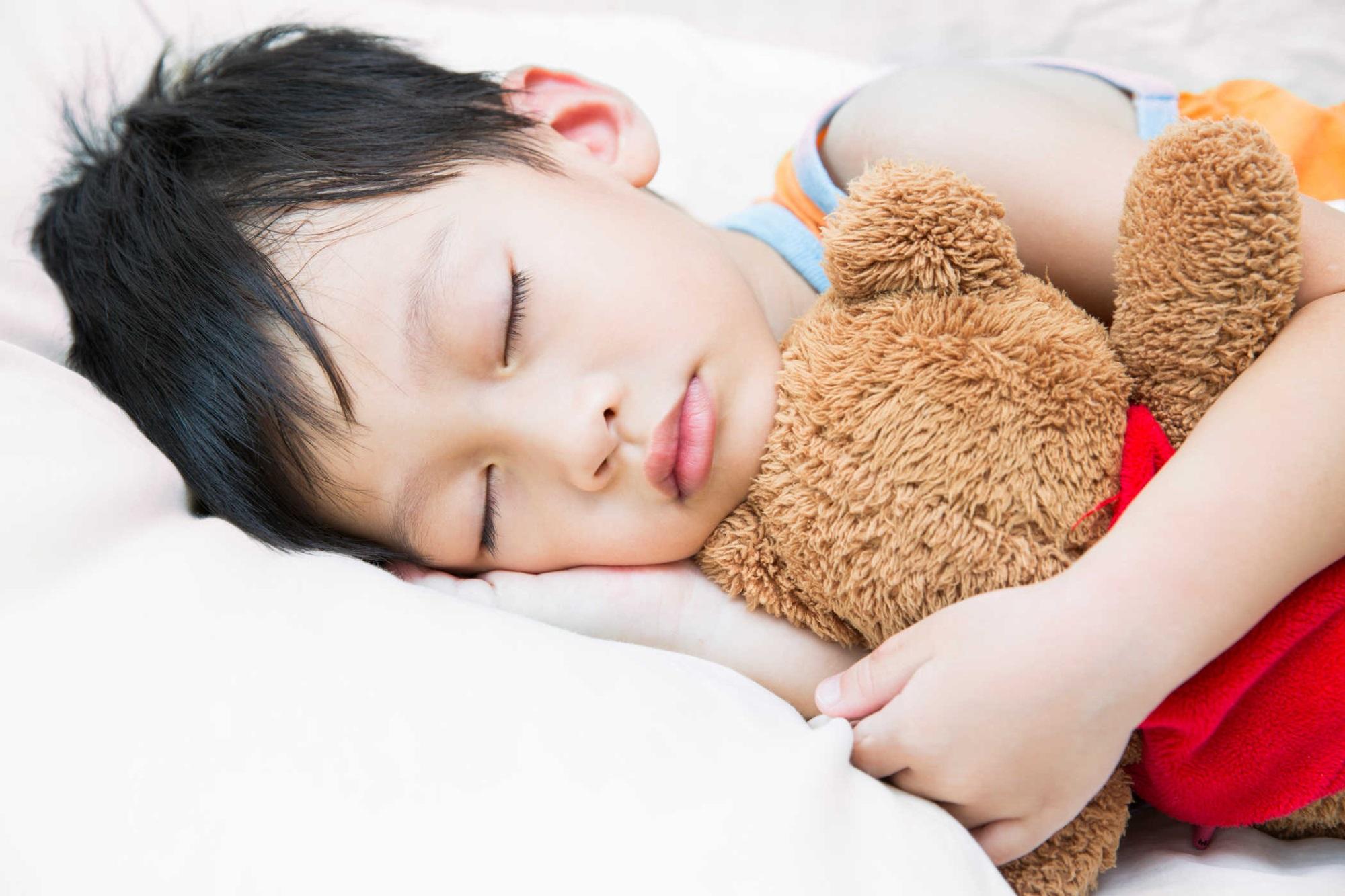 Hiện tượng ngáy ngủ ban đêm ở trẻ em không phải hiếm gặp