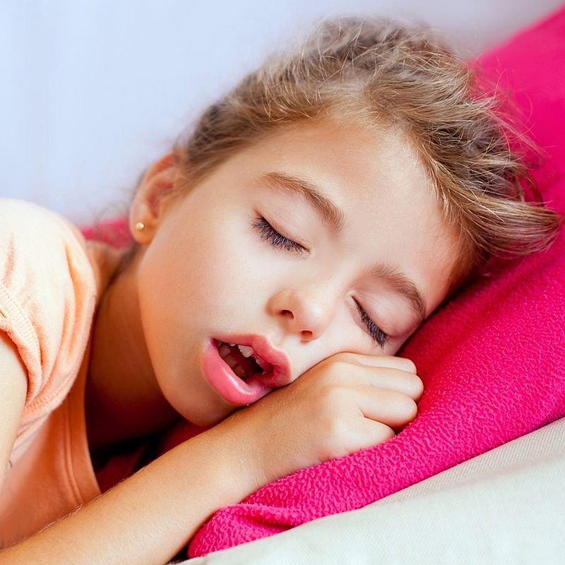Tìm hiểu nguyên nhân khiến bé bị ngáy ngủ ban đêm