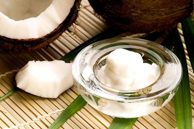 Dùng dầu dừa đúng cách giúp giảm cân hiệu quả - Ảnh 1