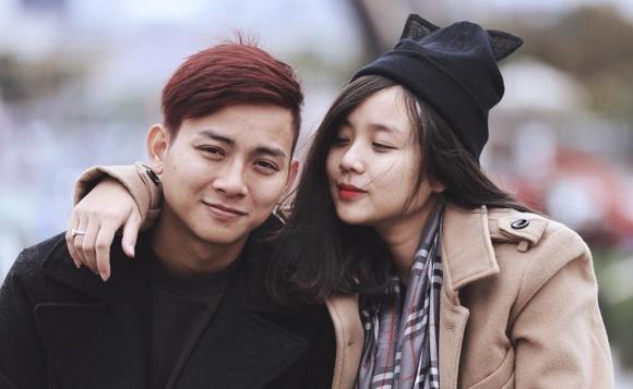 Bạn gái Hoài Lâm bức xúc khi xem clip Nam Em buông tay lúc lái xe: 'Vô duyên mà không biết mình vô duyên...' - Ảnh 4