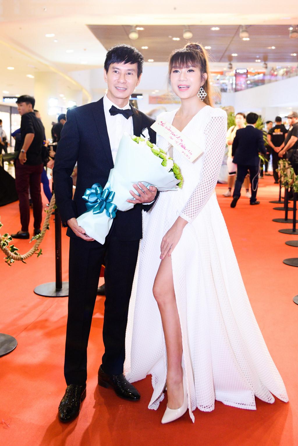 Minh Hà: 'Tôi biết mình phải làm gì để Lý Hải không quên được vợ' - Ảnh 3