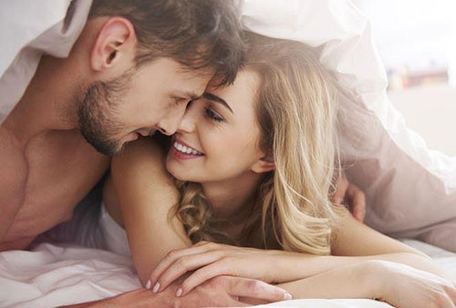 Nhiễm cả đống bệnh nguy hiểm vì 'yêu' bằng miệng - Ảnh 1
