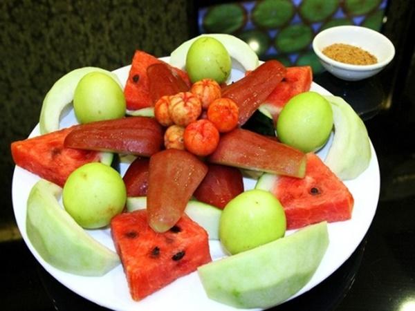 Những thói quen nên tránh sau khi ăn để không rước họa vào thân - Ảnh 1