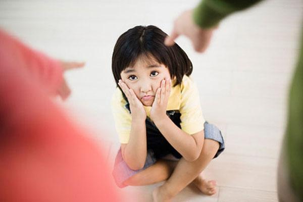 Những nguyên tắc kiểm soát hành vi xấu của trẻ - Ảnh 1