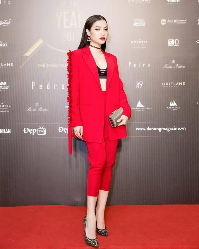 Sao Việt thi nhau diện sắc đỏ đón xuân về - Ảnh 3