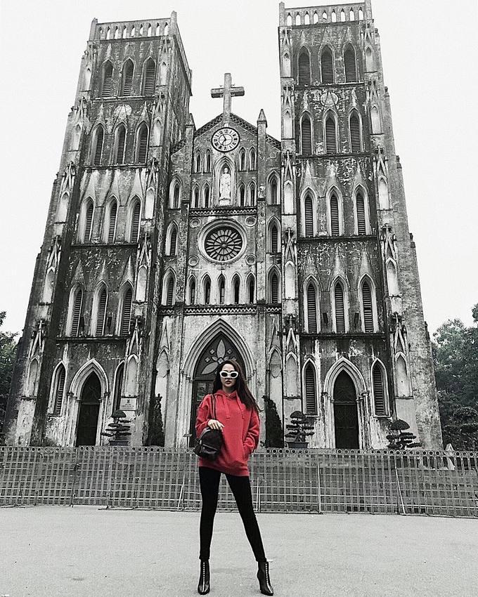Sao Việt thi nhau diện sắc đỏ đón xuân về - Ảnh 8