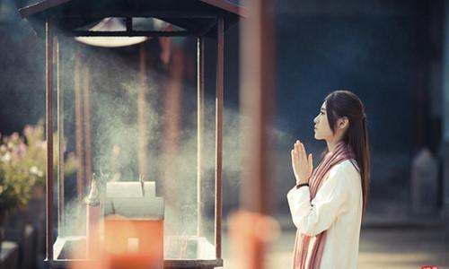 Lời Phật dạy: Những điều tuyệt đối không nên cầu khi đi Chùa, mọi sự xảy ra hãy để tùy duyên - Ảnh 1