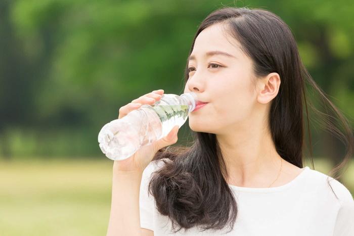 Sống khỏe và sống lâu hơn khi uống đủ nước mỗi ngày